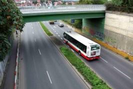 Podjezd ulice Průmyslová pod stanicí Hostivař bude uzavřen.