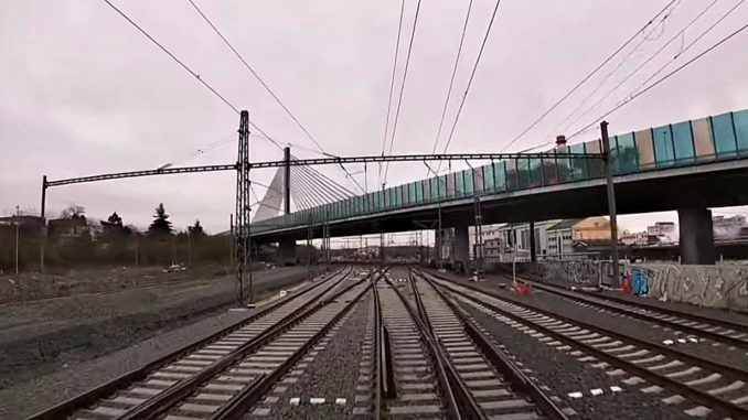 Lanový most - jízda po nové trati